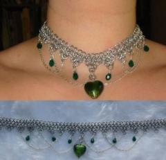 green_heart_choker_2.jpg