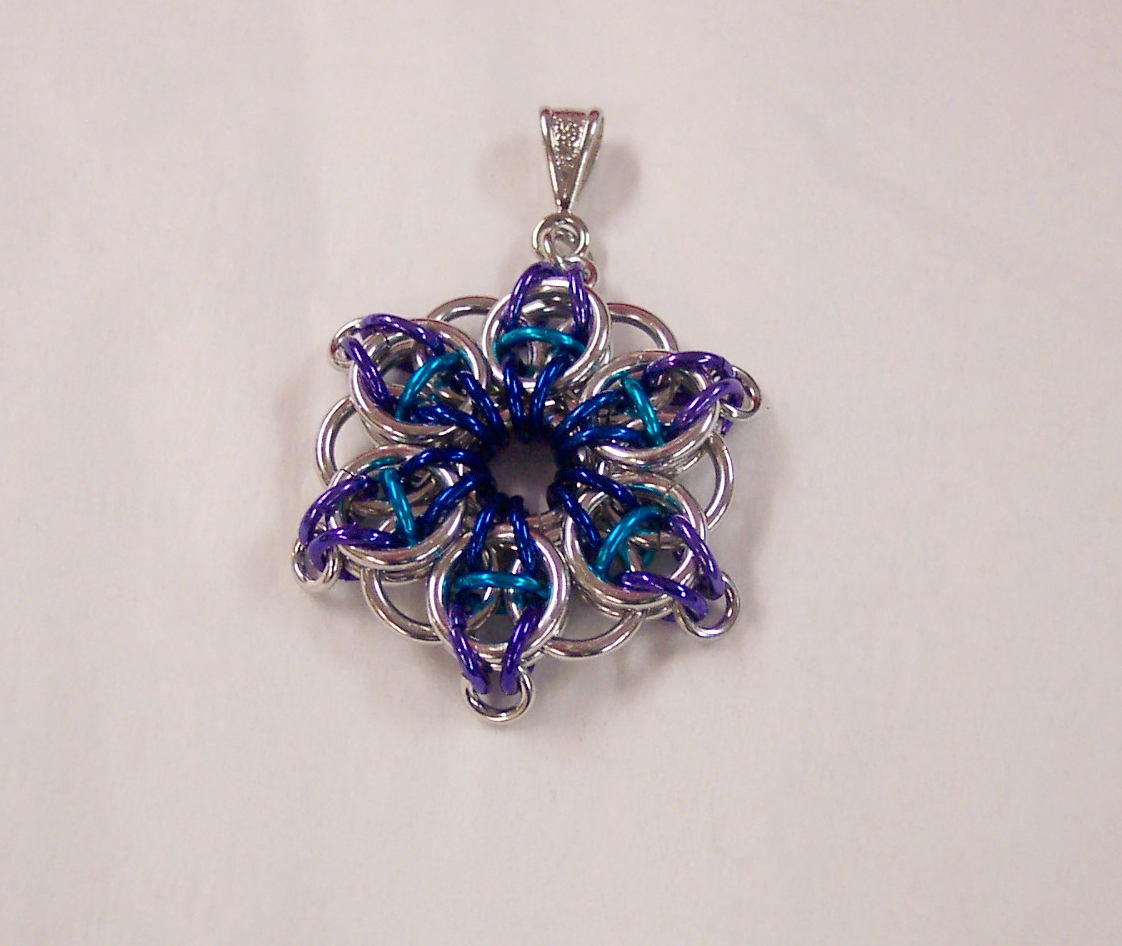 Celtic Star pendant version 3