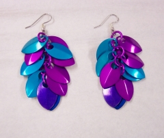 berry scalemaille earrings 4