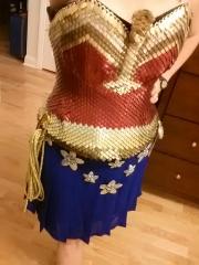 Wonder Woman Scale Top