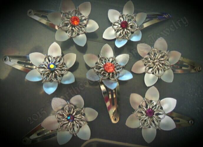 mini scale flower bobby pins
