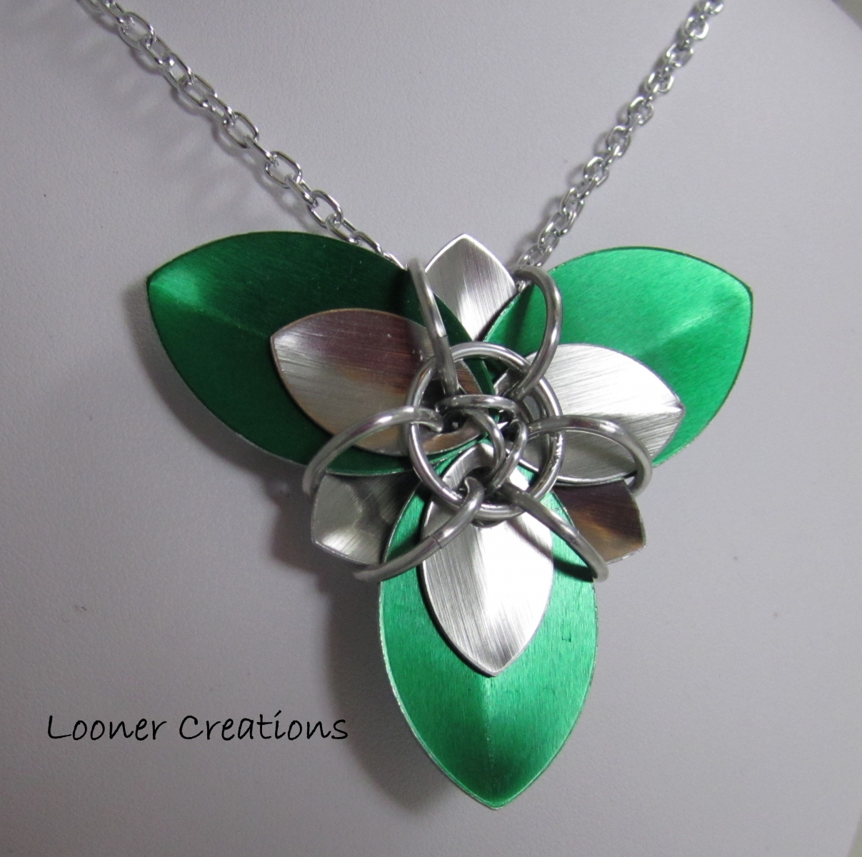 Trillium Scale Flower necklace