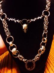 Skull pendant necklace.
