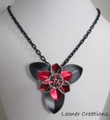 Trillium Scale Flower necklace