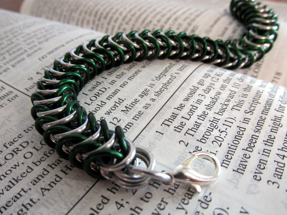 Box Weave Bracelet - Silver and Green