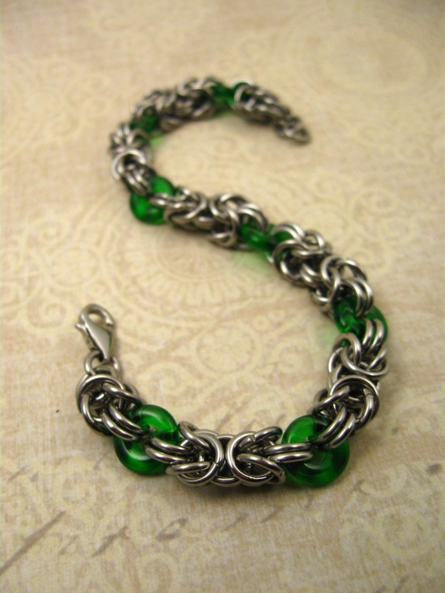 Glass and stainless byzantine bracelet