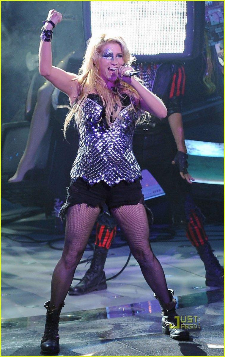 Kesha on American Idol