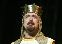 Spamalot Travelling Musical - Maille by TheRingLord.com