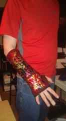 Dragonscale bracer + glove