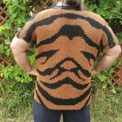 Tiger stripes chainmaille shirt back