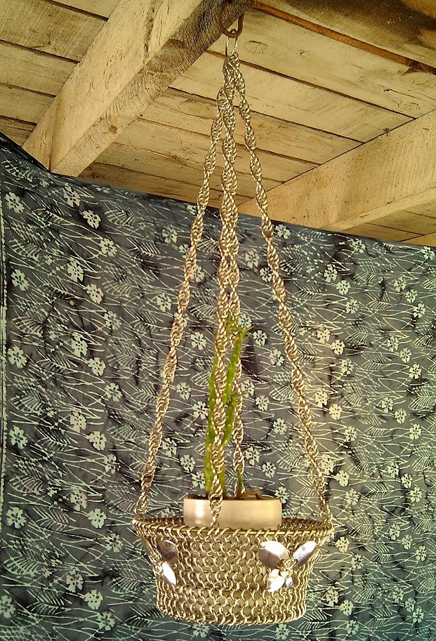 Chain maille Hanging Basket